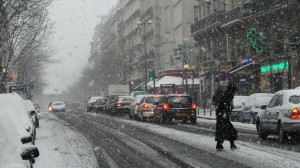landscapes winter snow cityscapes streets cars architecture france traffic_www.wallmay.net_93